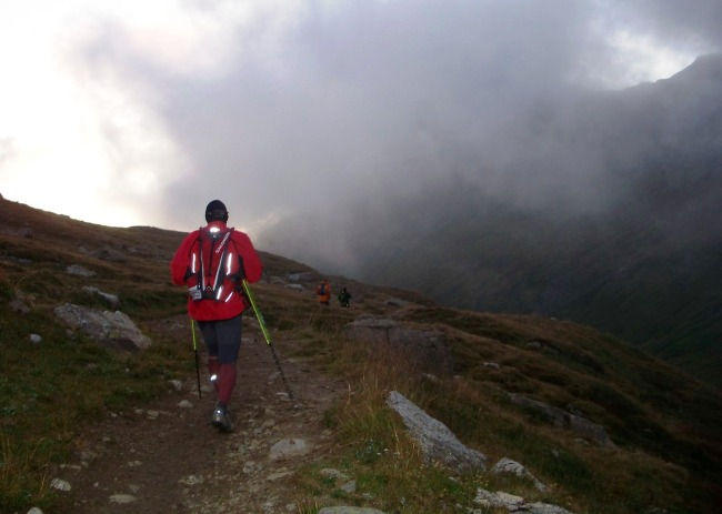Descenso del Col de la Seigne en UTMB 2009