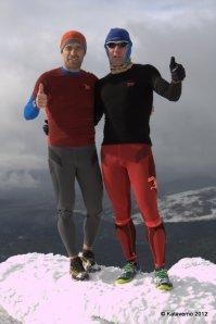 Tres capas montaña: Pablo Criado y Mayayo con primera capa Hoko Esport en trail invernal