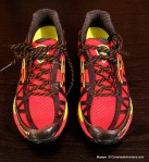 brooks cascadia 8 Peso 330 gramos vista frontal