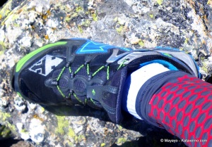 foto Zapatillas  trail Raidlight RL001 en cabezas hierro