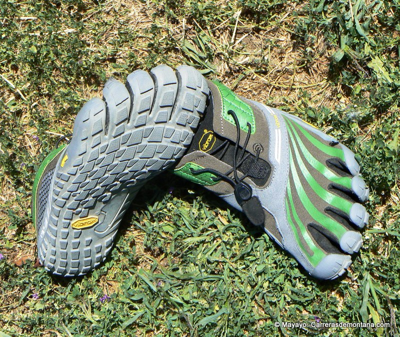 Correr descalzos trail Vibram Five fingers Spyridon LS trail fotos (11)