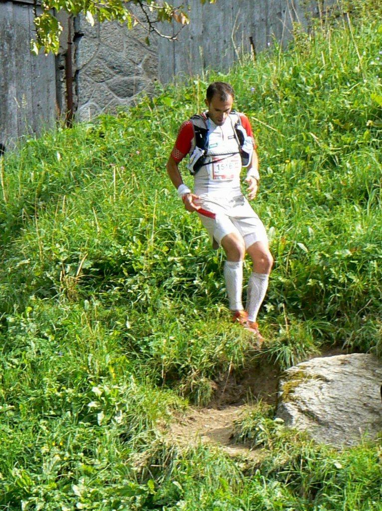 fotos iker karrera salomon running ultra trail mont blanc 2011