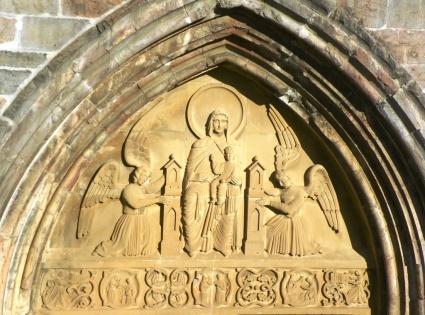 Roncesvalles Zubiri 2012 fotos timpano iglesia roncesvalles2 mini
