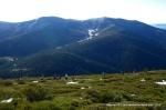 Rutas Trail Guadarrama: Maraton Alpino Bandolero. Descenso hacia Pto Cotos. Al fondo, Loma del Noruego para reascender hasta Bola.