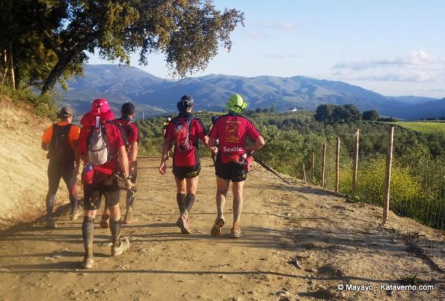101km ronda 2011. Equipos al paso del techo de la carrera (km70)
