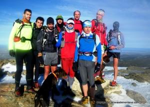 Maratón Alpino Bandolero 22dic. Cima Peñalara. Mallas hoko con César, Cecilio y Mayayo.