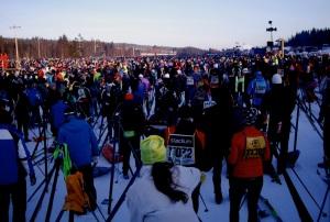 Vasaloppet 2011 16.000 dorsales esperando la salida a -15ºC