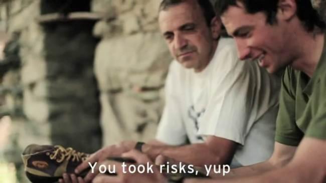 Corredores de montaña: Kilian jornet con Bruno Brunod comentando el record del Cervino.