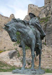 CSP115: Monumento a Cabrera en el Casillo de Morella. Foto: Javier Mediavilla.