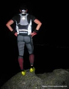 Hoko Banzai en la cima de Peñota una salida nocturna.