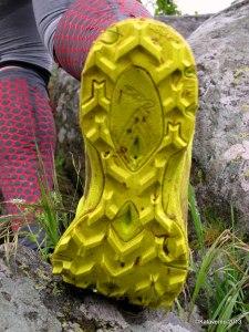 Zapatillas trail Haglofs Gram Comp: Taqueado prominente y flexibilidad.