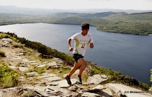 Carrera Montaña Sanabria 2013: Pablo Villa, del Scott Running, camino de la victoria.