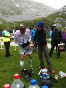 Travesera Picos 2013: Iker Karrera en camino hacia la victoria. Foto: Salomon.