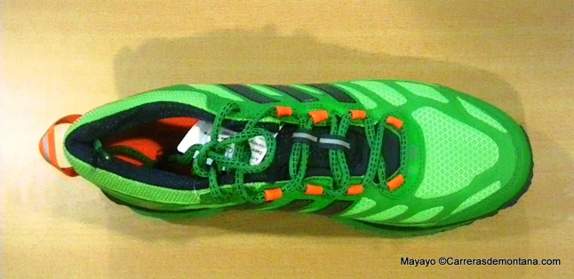 Zapatillas trail Adidas Response trail 20 foto cubierta