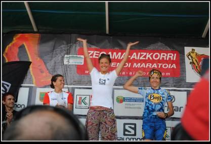 Zegama Aizkorri 2013 emelie forsberg nuria picas y stevie kremer. Foto Zegama Aizkorri