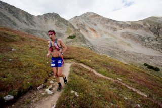 Leadville 100 Miles 2013 Scott Jurek llegando a Hope Pass. Foto. Leadville Race series