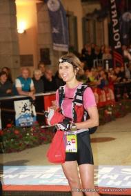 CCC13 Caroline Chaverot campeona en meta. foto kataverno