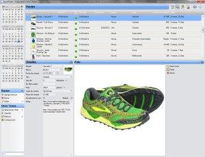 entrenamiento de trail Imagen-10-Vista-de-equipo-zapatillas-chaquetas-mallas