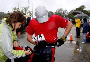 Maraton Alpino Madrileño 2007: Gélido paso del ecuador en Cotos.