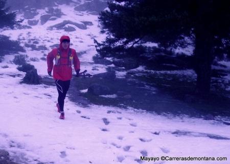 chubasquero running haglofs insulated shield comp hood