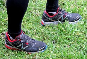 Zapatillas trail new balance MT860. Rodajes preliminares sobre barro y agua