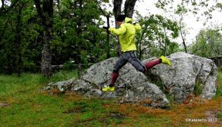 Haglofs trail: Chaqueta Haglofs Gram Comp pull y zapatillas gram comp