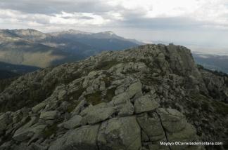 La Peñota: La primera de las tres cimas, vista desde el Pico Alejo Carpentier.