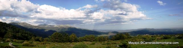 Collado del Rey: Panorámica hacia La Sierra del Dragón y Maliciosa.