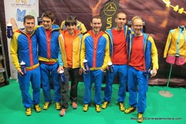 Maite Maiora con sus compañeros del equipo La Sportiva 2014. Foto: Mayayo.