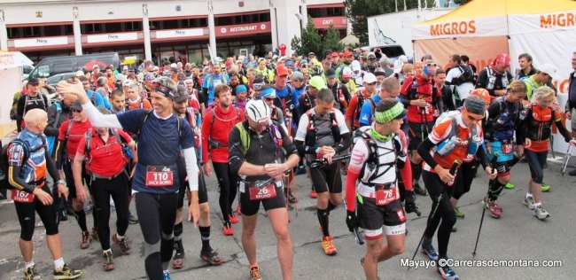 Así salía la Swiss Iron trail 2014 para 201k, hoy a mediodía en Davos.