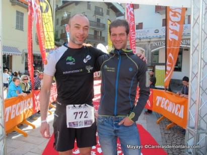 Egoitz Aragón en meta con Fernando González, 3er español en meta.