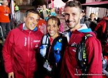 Anne-Lise Rouset, campeona CCC2014 con su entrenador Adrien Seguret y Jose Losquiños de Land.