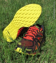 zapatillas trail new balance MT980 RB (6)