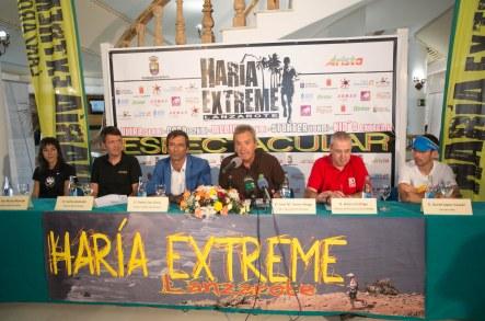 Presentacion haria extreme 2014 con FEDME  y org. carrera. Foto: Haría.