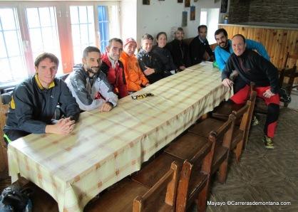 Tras 3h de entreno por Pedriza, arrancamos la ponencia sobre Lesiones