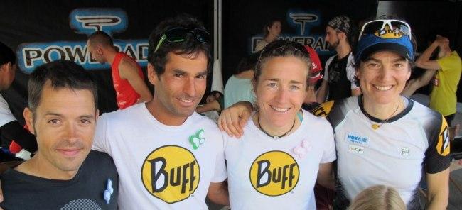 Nuria Picas con sus compañeros de Buff Pau Bartoló, Gerard Morales y Emma Roca en meta VCUF 2014