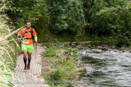 Juanma Jimenez Llorens en tramo por el valle UTVA14