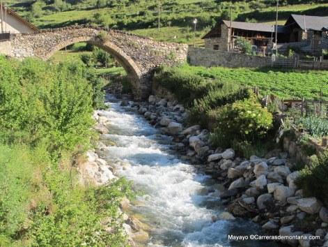 Puente Románico en Espot
