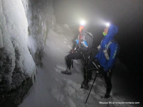 Trail invernal nocturno al Peñalara por Claveles. Foto: Mayayo.