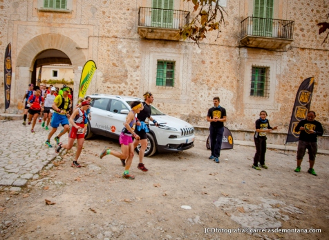Es Galatzó: Salida Transmallorca Run 2014.