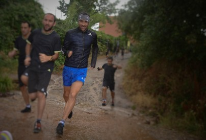 Probando nuevas Adidas trail 2015 con Luis Alberto bajo la tormenta en Collserola