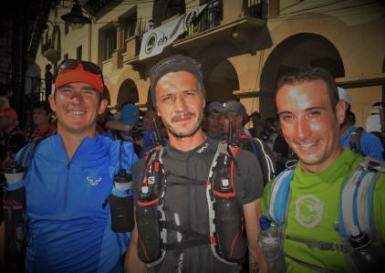El equipo CARRERASDEMONTANA.COM en la Ehunmilak 168k con Julián Alonso, Kaikuland y Julián Morcillo.