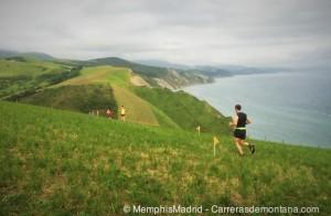 Zumaia Flysch Trail 2015: Gran ambiente de mar y montaña.