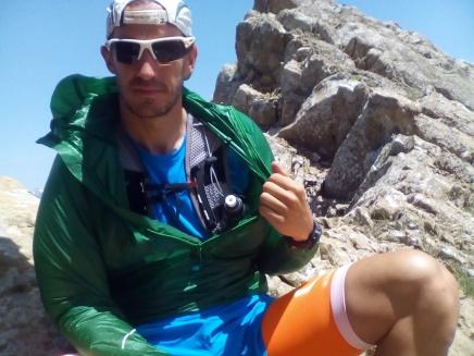 Cortavientos Haglöfs Lim Wind Pull en Pirineos