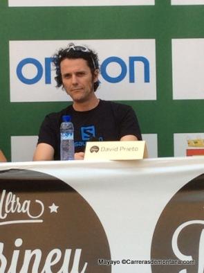 David Prieto en la rueda prensa Ultra Pirineu 2014