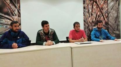 De izqda a dcha: Luis Alberto Hernando (Adidas), Fernando Sánchez (alcalde), Alex Varela (dotr carrera) y Egoitz Aragón (Izas) Foto: org.