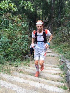 Iker Karrera en grand raid reunion 2015 paso 106k foto @salomon_spain