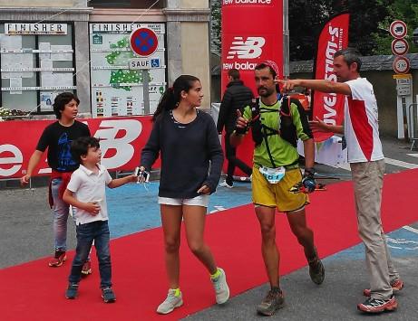César entrando 8º absoluto en Grand Raid Pyrenees 2015.
