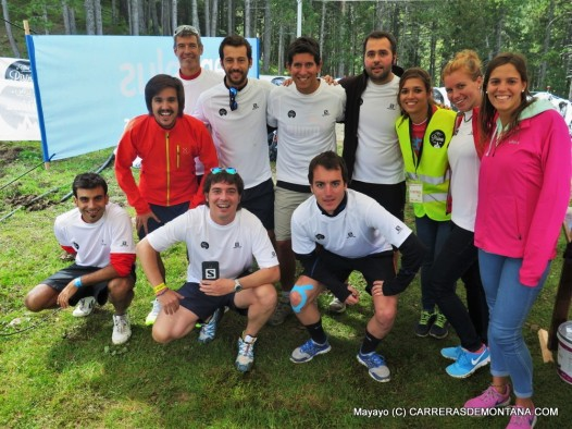 Ultrapirineu 2015: Colla de voluntarios del Ref. Estasen. Foto: Mayayo.