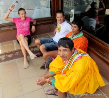 tarahumaras en berga resort foto mayayo (5)